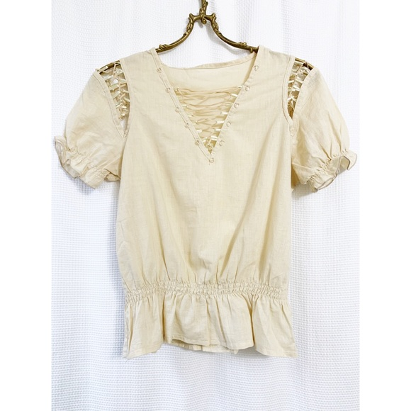 🌸2/$30 Boho short sleeved lace-up peasant top